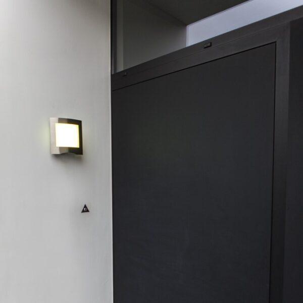 led φωτιστικό τοίχου στεγανό_προσαρμόζεται το φωτισμό από μακριά με το ενσωματωμένο λογισμικό wiz_farell_lutec
