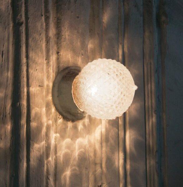 ACA Lighting Φωτιστικό Επίτοιχο Γυάλινο με Μεταλλική Βάση Μπρονζέ